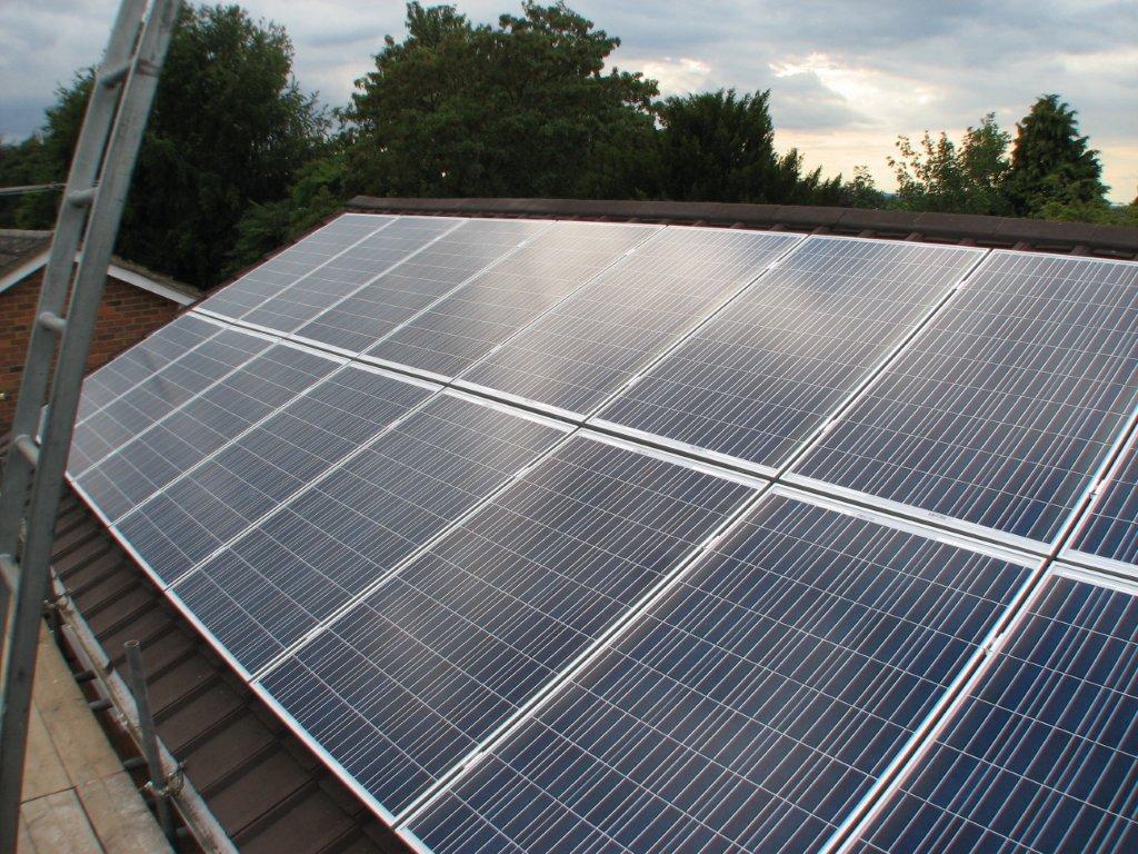 Rec Peak Energy Series Solar Pv Module Solar Roof